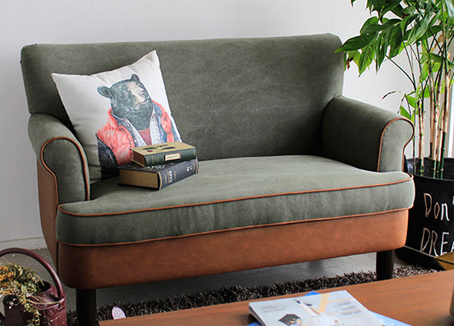 ソファーの写真